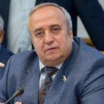 Пора заканчивать дискуссию: сенатор Клинцевич поддержал поправку в Конституцию о запрете на отчуждение территорий