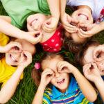 На каждого ребёнка от 3 до 15 лет включительно будет выплачено по 10 тысяч рублей