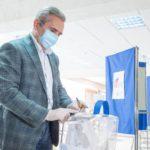 Губернатор региона принял участие в голосовании по поправкам в Конституцию