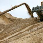 В Ярковском районе незаконно добывали полезные ископаемые