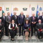 Тюменцев наградили правительственными наградами