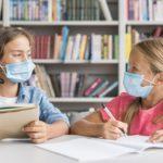 Мама против вируса: должен ли ребенок носить маску во время пандемии