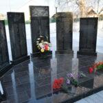 В селе Покровское в День Неизвестного Солдата возложили цветы