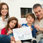 Семьи со школьниками получат разовую выплату в 10 тысяч рублей